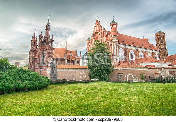 Iglesias en Vilnius, Lituania - csp20979608