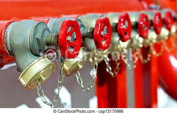 Instalación de seguridad contra incendios - csp13170986