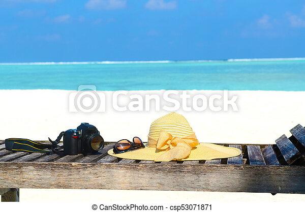 Isla tropical - csp53071871