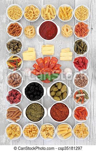 Prueba de ingredientes de comida italiana - csp35181297