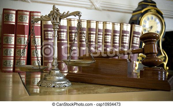 Ley y justicia - csp10934473