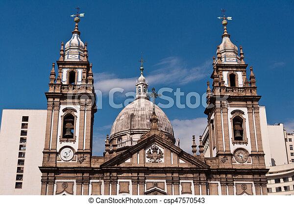 La fachada de la iglesia Candelaria en Río de Janeiro - csp47570543