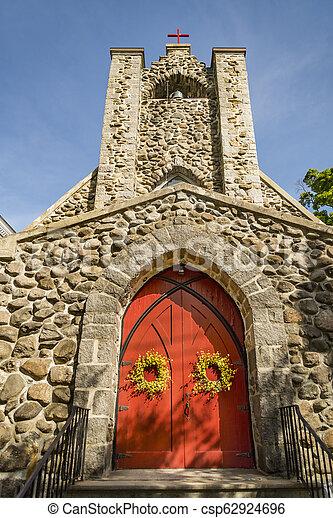 La fachada de una iglesia en Nueva Inglaterra - csp62924696