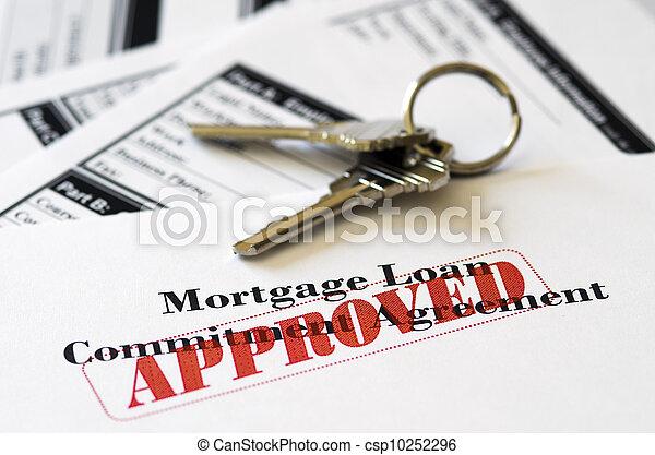 La hipoteca inmobiliaria aprobó el préstamo - csp10252296