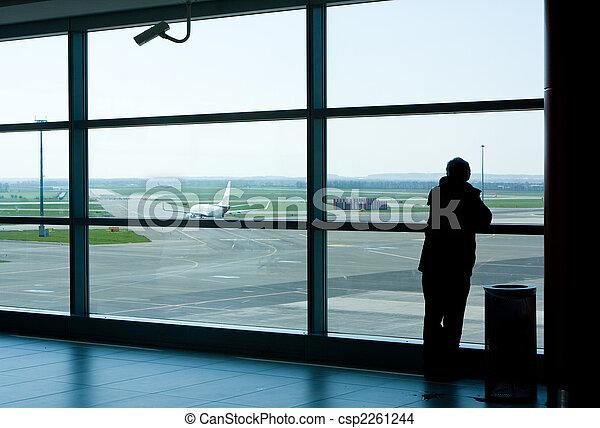 La sala de espera del aeropuerto - csp2261244