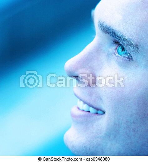 La sonrisa del hombre - csp0348080