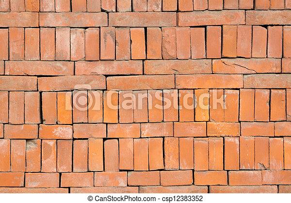 ladrillos rojos materiales de construcción - csp12383352