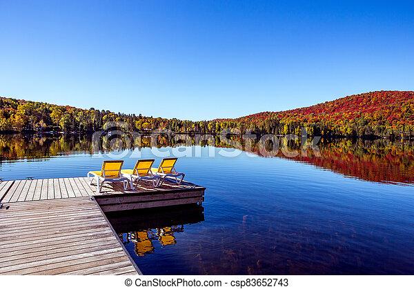 lago, muelle - csp83652743