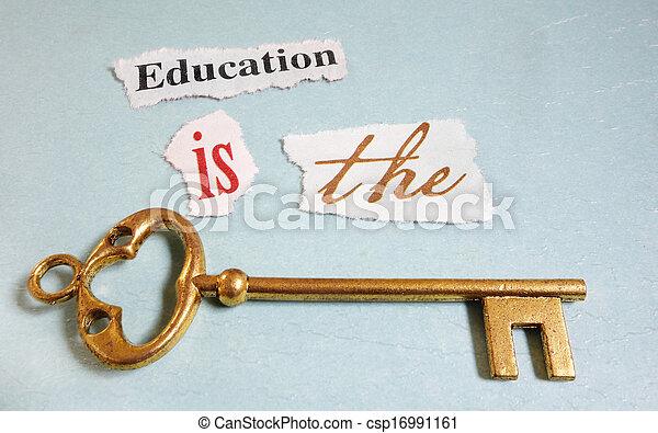Llave de educación - csp16991161