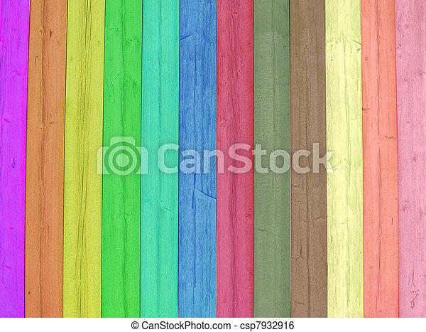 Madera brillante y coloreada - csp7932916