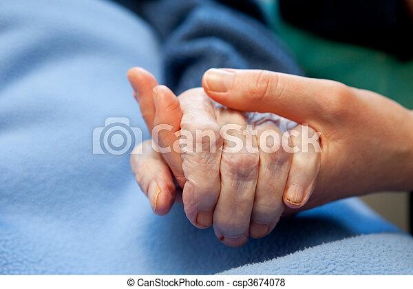 Ancianos - csp3674078