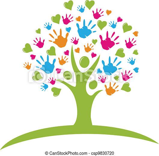 Árbol con manos y figuras de corazones - csp9830720
