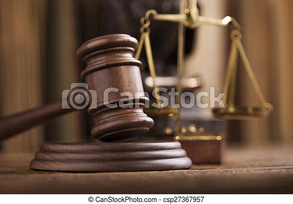 Gavel, tema de la ley, mazo de juez - csp27367957