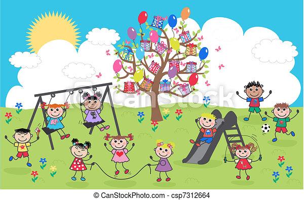 Los niños mixtos y felices - csp7312664