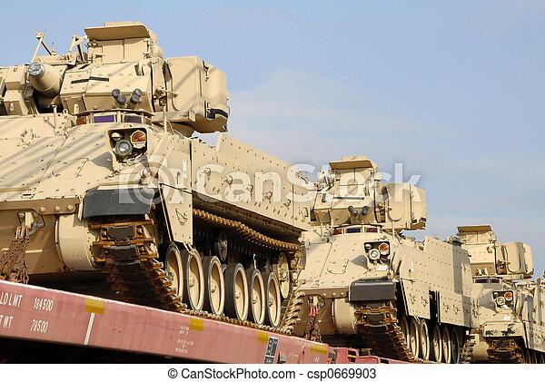 Un envío militar - csp0669903