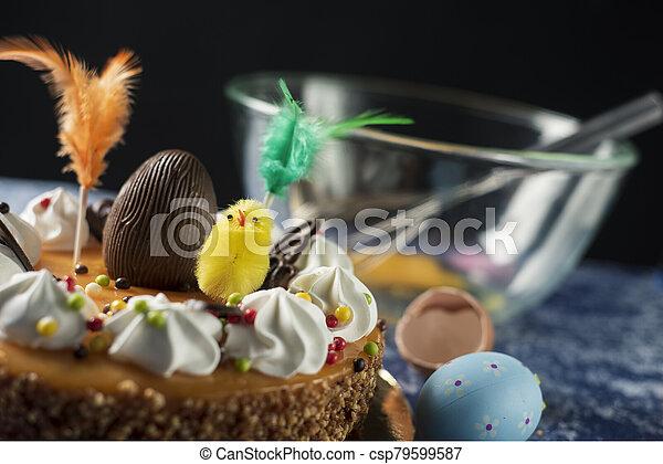 mona, pascua, pastel, españa, pascua, comido, de - csp79599587