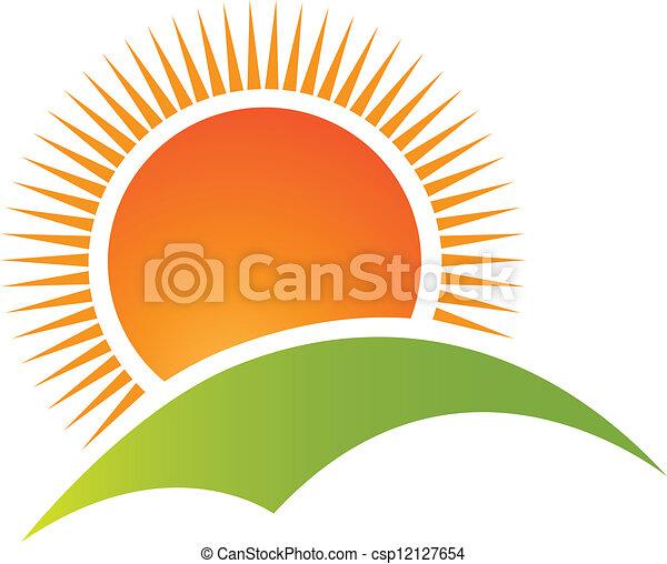Vector de logo de montaña y sol - csp12127654