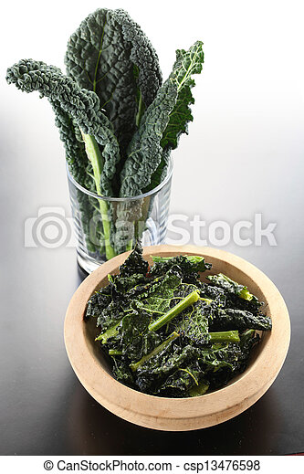 Chips de kale negro - csp13476598