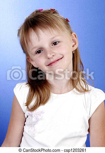 Chica feliz - csp1203261