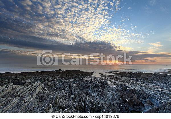 Sunset Woolacombe al norte devon Coast - csp14019878