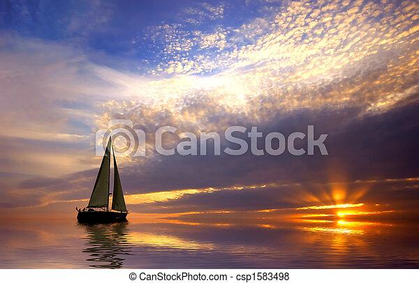 Navegando y atardecer - csp1583498