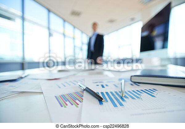 Papeles de oficina - csp22496828
