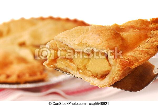 Pastel de manzana - csp5548921