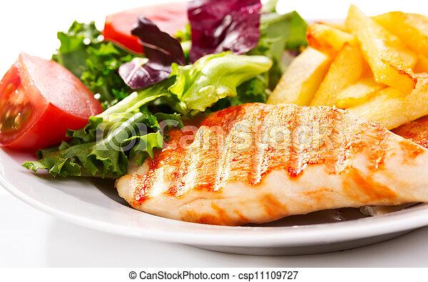 Pecho de pollo asado - csp11109727