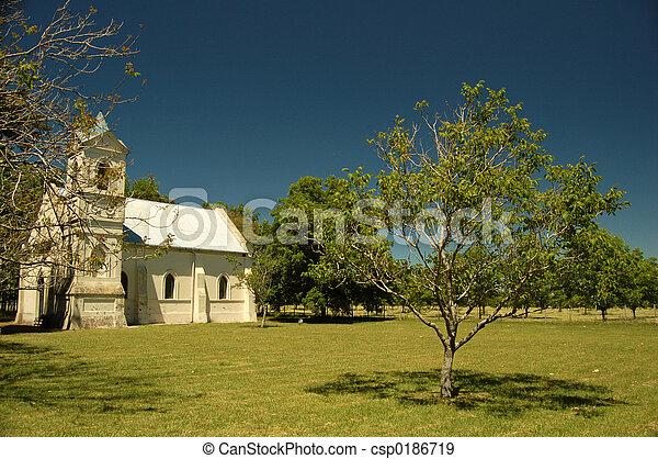 Pequeña iglesia - csp0186719