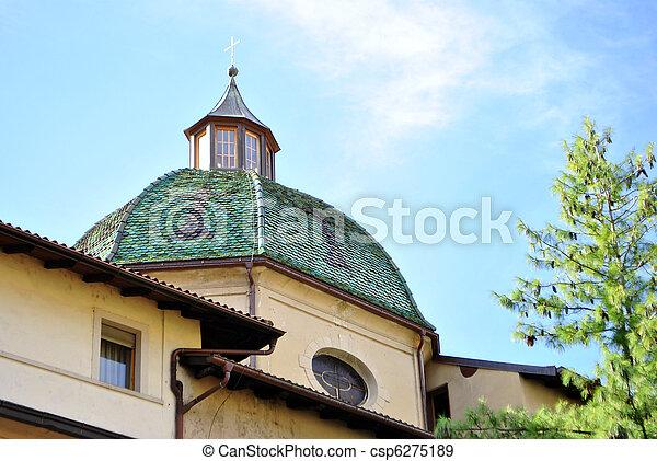 Pequeña iglesia - csp6275189