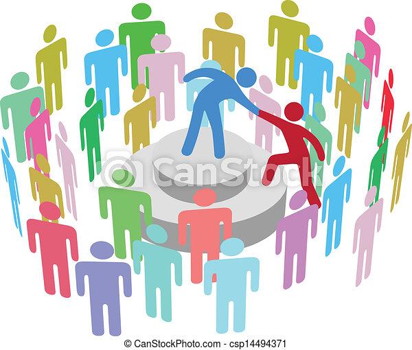 Líder ayuda a la persona a hablar con el grupo - csp14494371