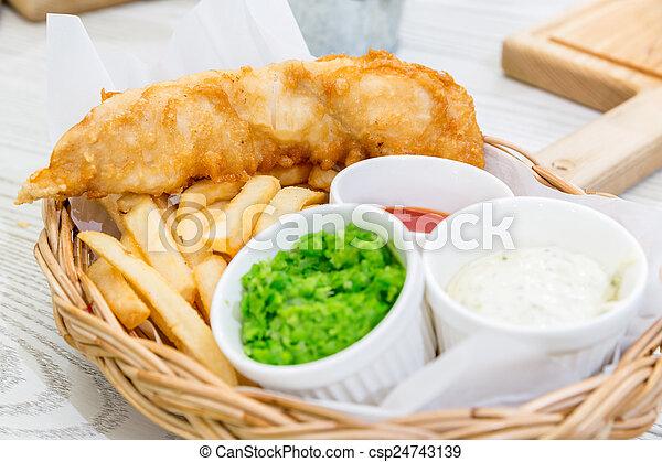 Pescado con patatas - csp24743139