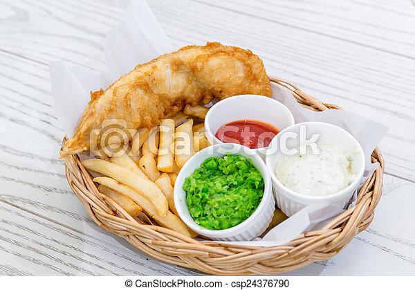 Pescado con patatas - csp24376790