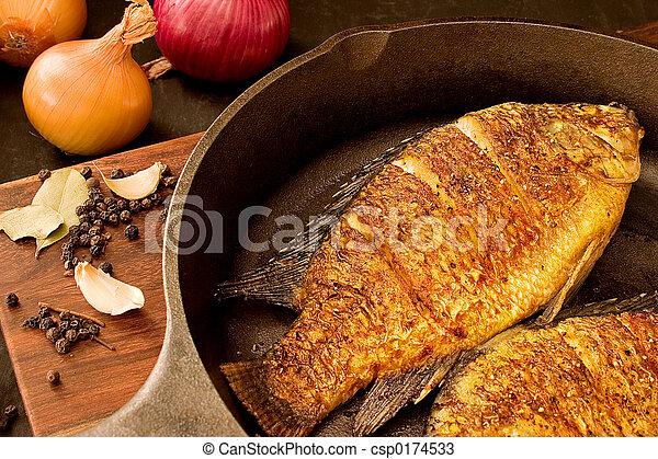 Pescado frito - csp0174533