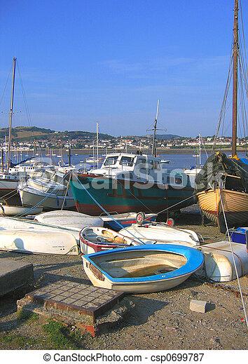 Pescando barcos - csp0699787