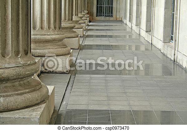 Ley y orden pilares fuera de la corte - csp0973470