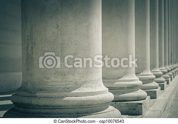 Pilares de ley y justicia - csp10076543
