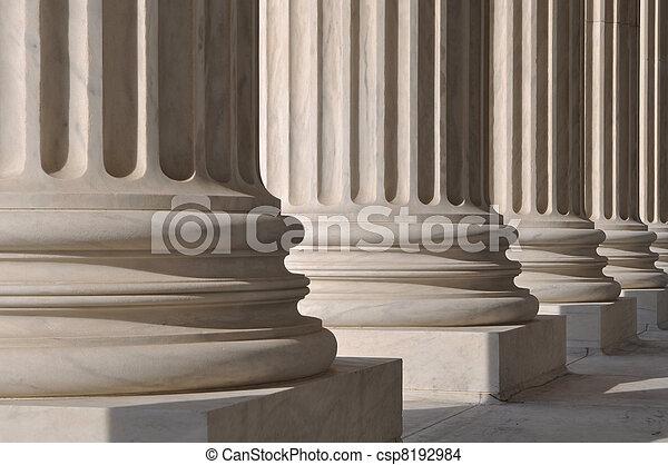 Pilares de ley y justicia - csp8192984