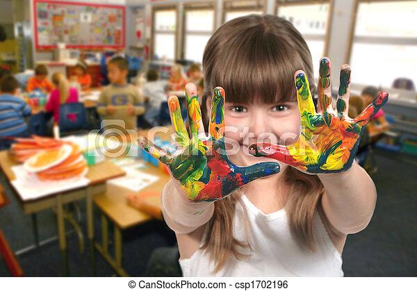 Pintar con las manos en clase - csp1702196