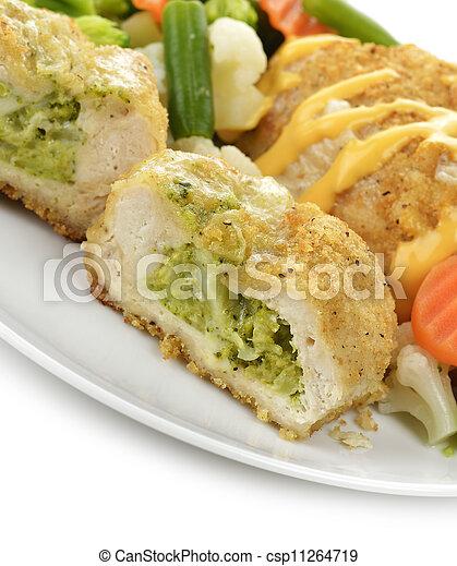 Senos de pollo rellenos - csp11264719