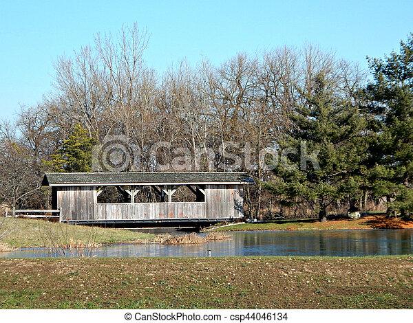 Puente cubierto - csp44046134