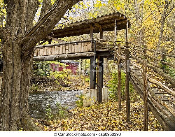 Puente de madera - csp0950390