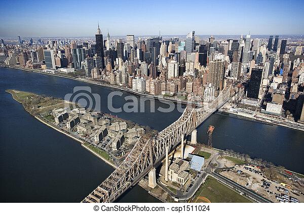 Puente Queensboro, NYC. - csp1511024