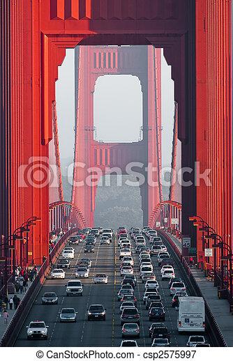 El puente Golden Gate - csp2575997