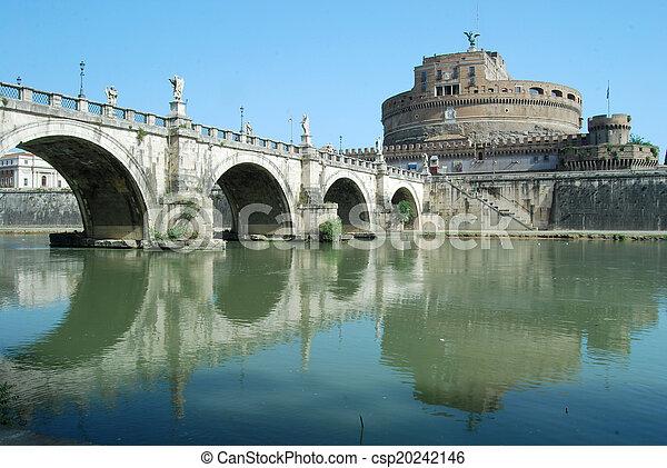 Puentes sobre el río Tiber en Roma, Italia - csp20242146
