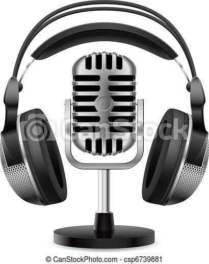 Un micrófono retro y auriculares realistas - csp6739881