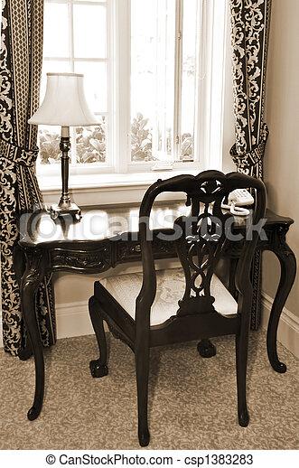 Recepción y silla antigótica - csp1383283