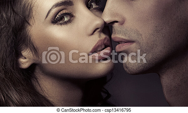 Cierra el retrato de una pareja amorosa - csp13416795
