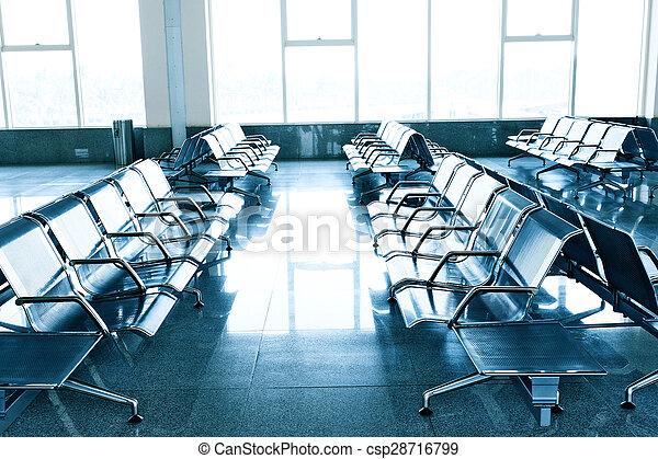 Sala de espera en el aeropuerto - csp28716799