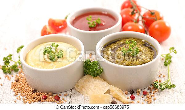 Salsa variada e ingrediente - csp58683975